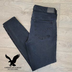American Eagles Outfitters – Washed black jeans